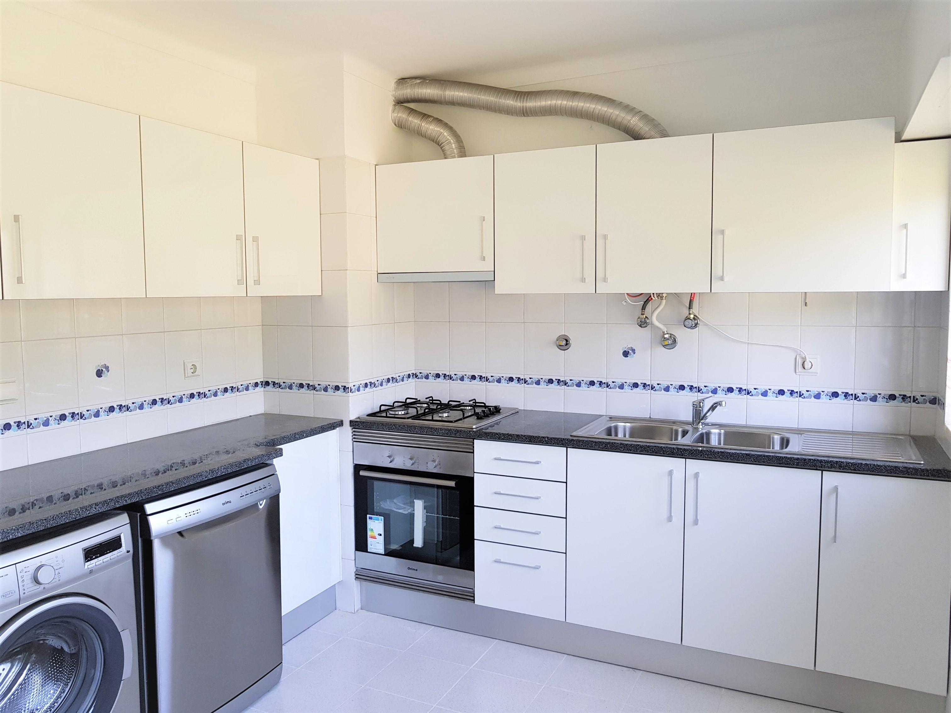 Apartamentos T3 - Loures, Frielas
