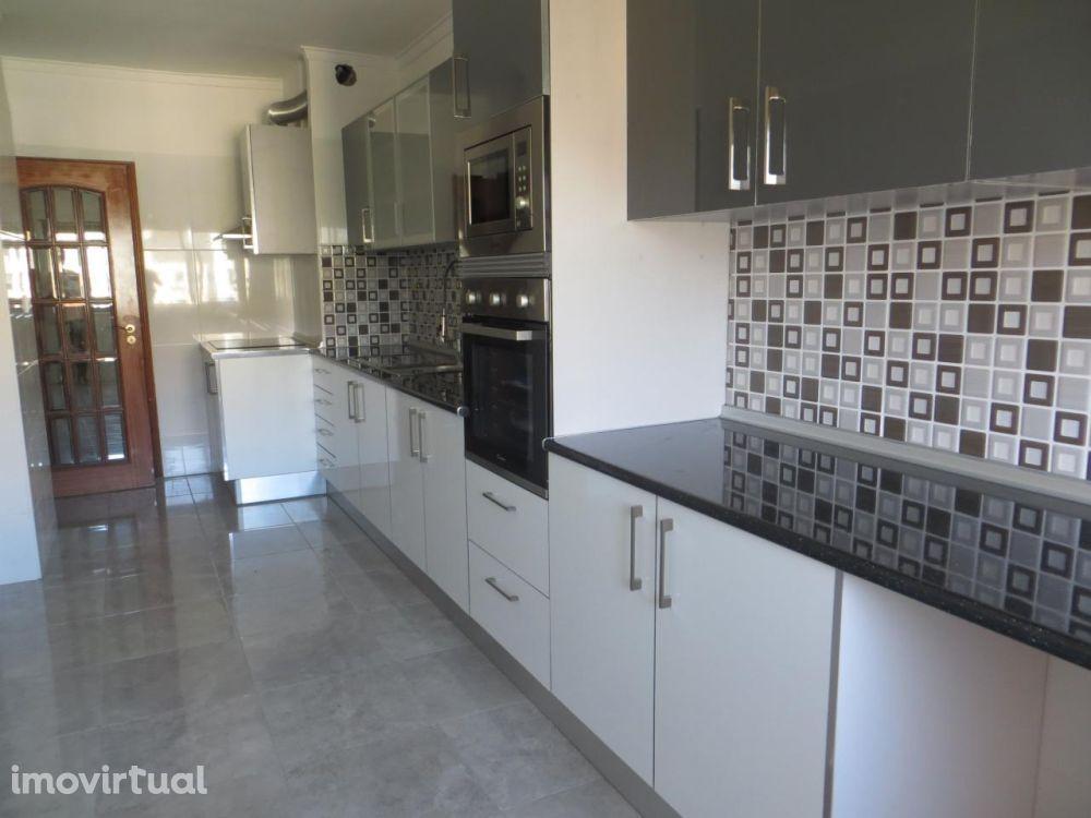 Apartamentos T2 - Sintra, Massamá