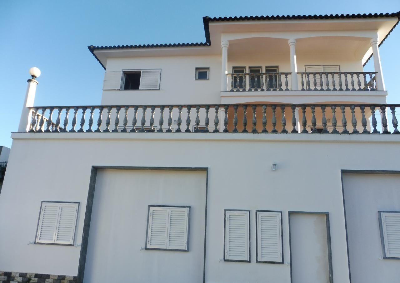Moradias T6 ou superior - Sintra, Agualva