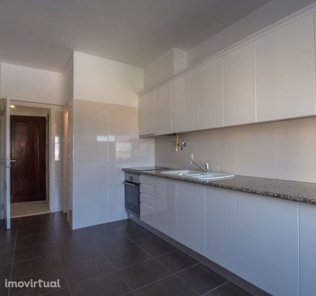 Apartamentos T4 - Loures, Loures
