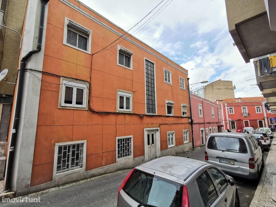 Apartamentos T2 - Loures, Sacavém