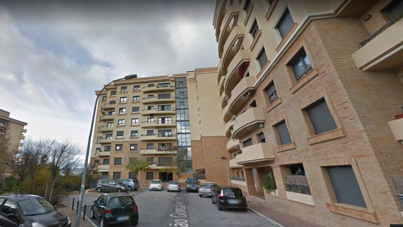 Apartamentos T3 - Loures, Santo António dos Cavaleiros